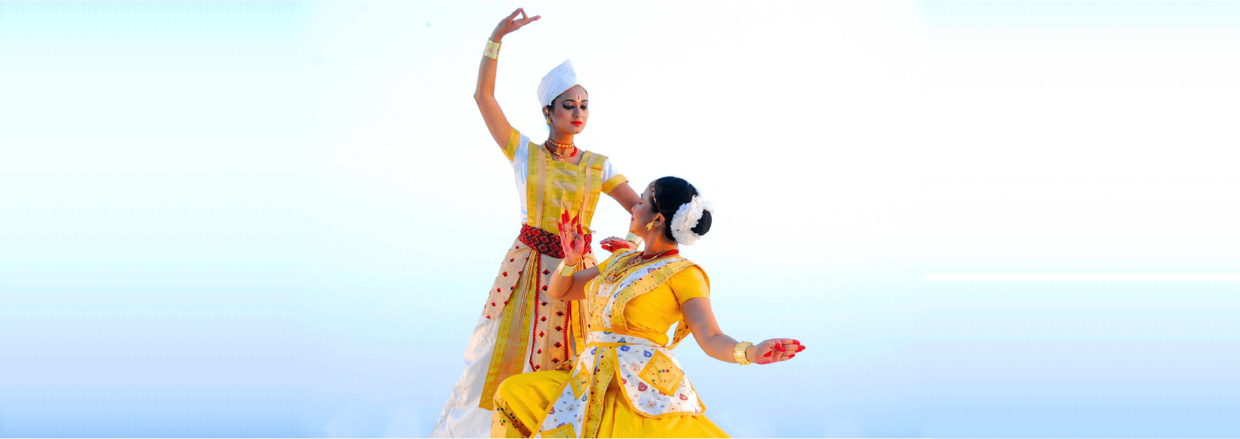 Madhusmita and Prerona performing Sattriya at Battery dance festival